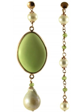 Asymetric earrings with peridot, fresh water pearls and lemon chrysoprase