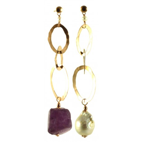 Asymmetric earrings with baroque pearl, amethyst and silver chain