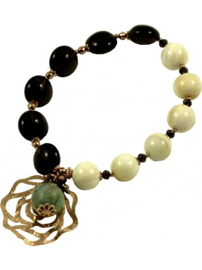 Bracelet in smoky quartz, shell and green agate