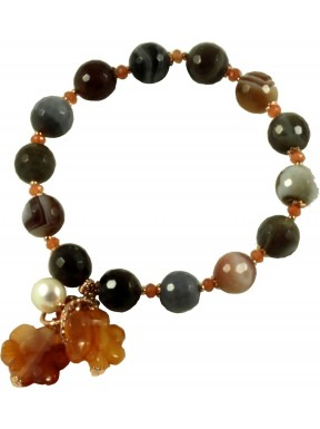 Bracelet with botswana agate, carnelian flowers and pearls
