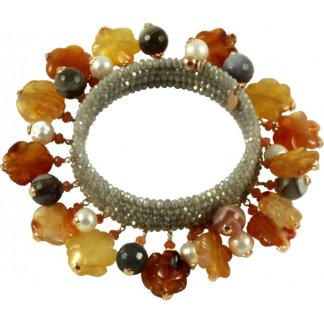 Bracelet with hydrothermal quartz, botswana agate, carnelian flowers and pearls