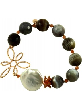 Bracelet with botswana agate, carnelian and pearls