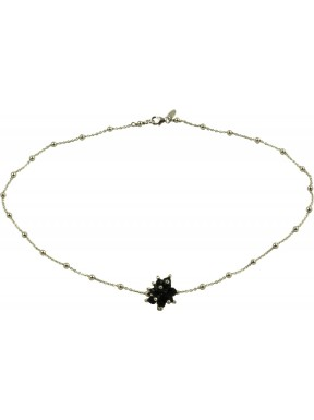 Minimal choker in rhodiated 925 silver chain with a black agate pompon