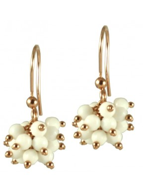 Minimal earrings with white agate ponpom