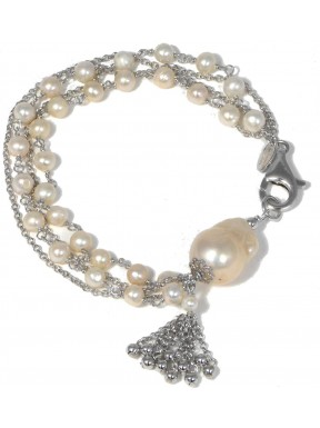 Bracelet fresh water pearls and silver chain