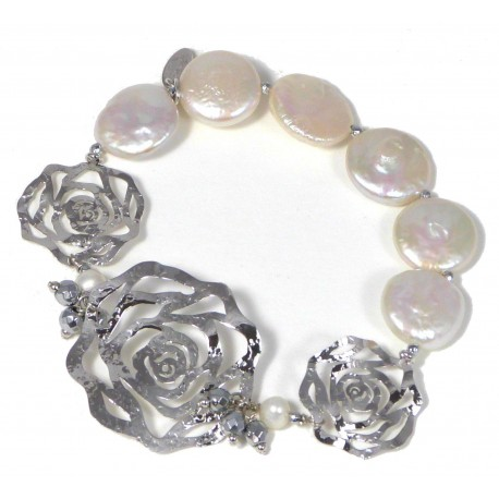 Bracelet white fresh water pearls and rhodiated agate with silver flowers