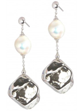 Earrings fresh water pearls and silver nuggets