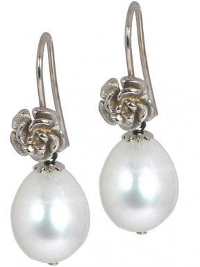Earrings fresh water pearls and black spinel with rhodiated silver flowers
