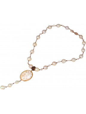 Necklace fresh water pearls , bronze agate and cameo