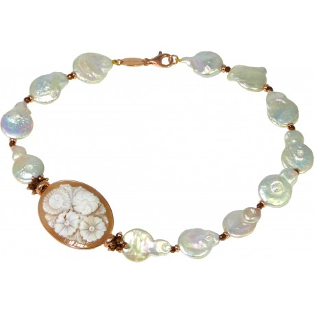 Necklace fresh water pearls, bronze agate and cameo